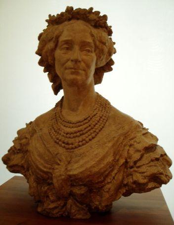 La marquise de la Vallette - elle n'a pas aimé le fait que le sculpteur n'avait pas gommé les rides du temps