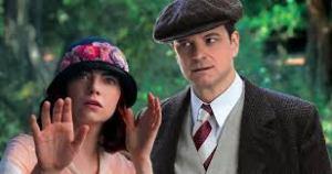 La médium (Emma Stone) sous l'oeil vigilant du magicien (Colin Firth)